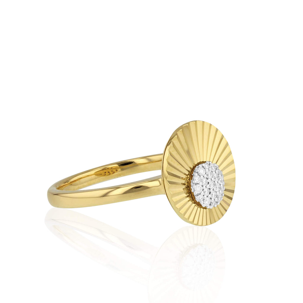 Aura Small Offset Ring