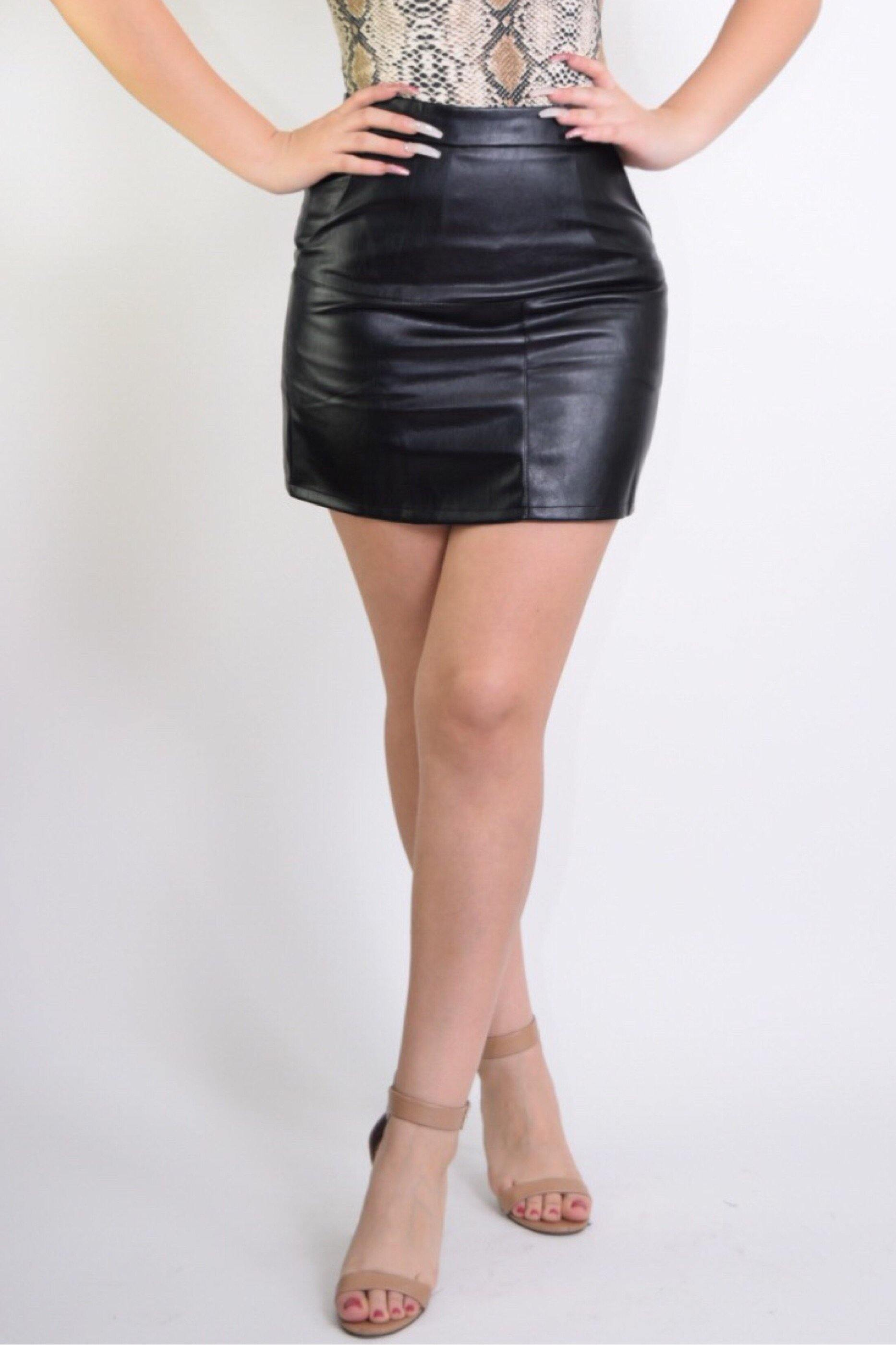 Barbara Black Leather Mini Skirt