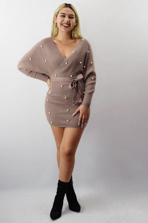 Wendy, Mocha knitted dress with pearls - Dimesi Boutique