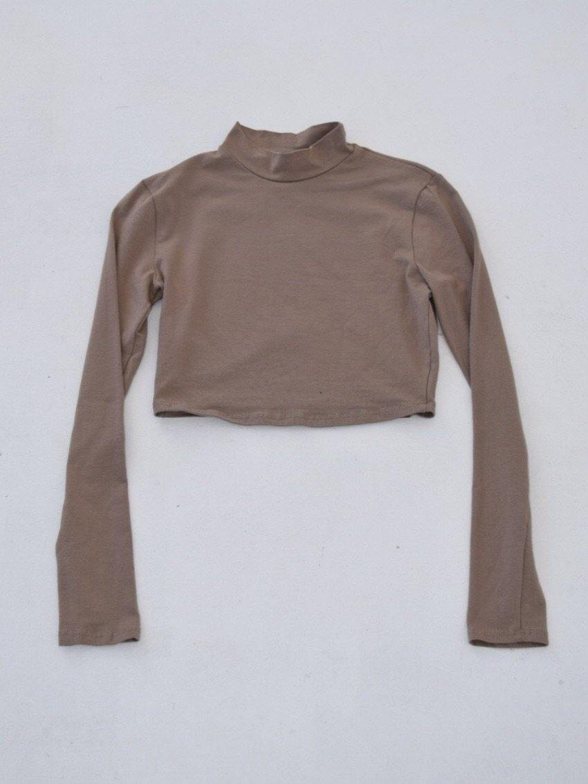 Badra Turtle Neck Crop Top