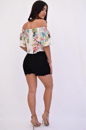 Arora Distressed Shorts - Dimesi Boutique