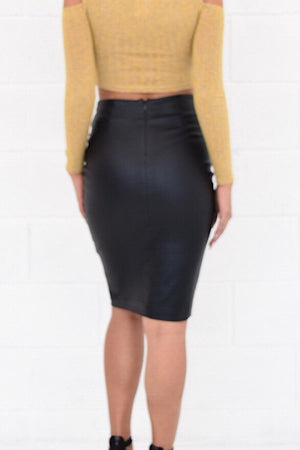 Black shiny pencil skirt - Dimesi Boutique