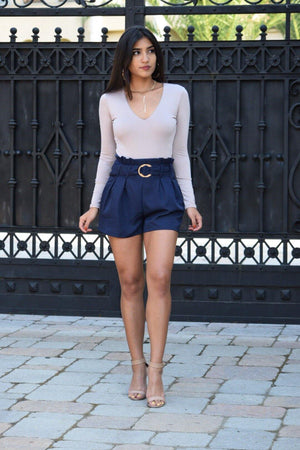 Sydney, High waist shorts with attached belt - Dimesi Boutique