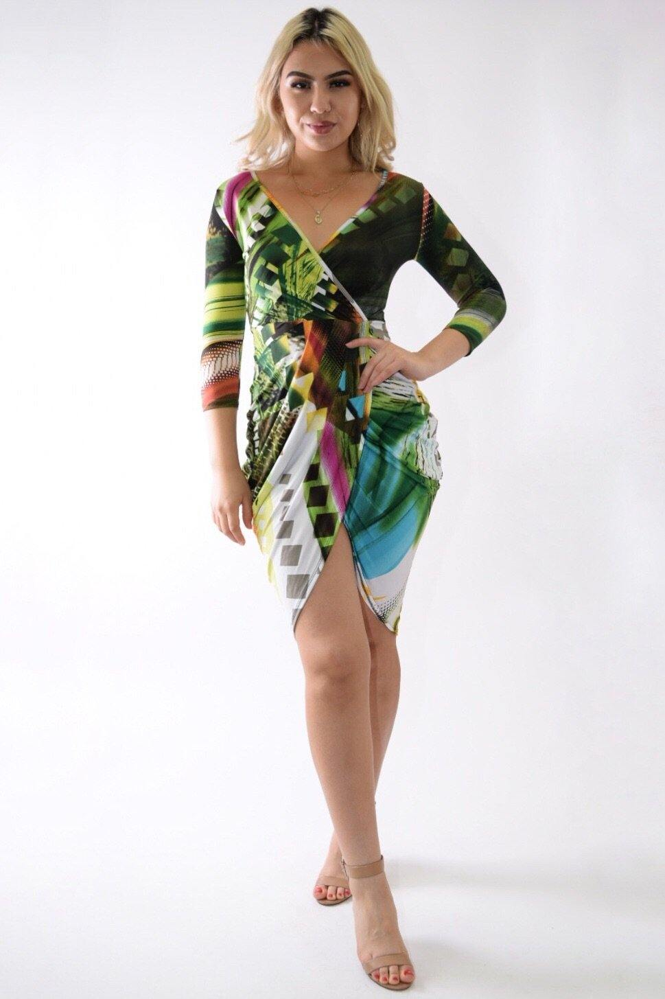Multicolor green dress with crossed below to feel fresher