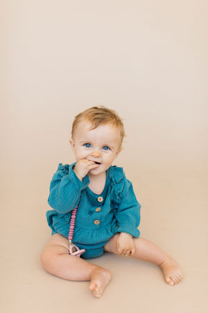 Load image into Gallery viewer, Grace Pacifier Clip- Mauvewood