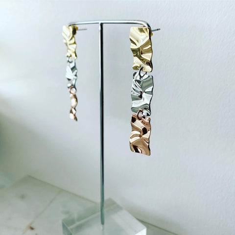 Tri-Panel Crinkle Earrings