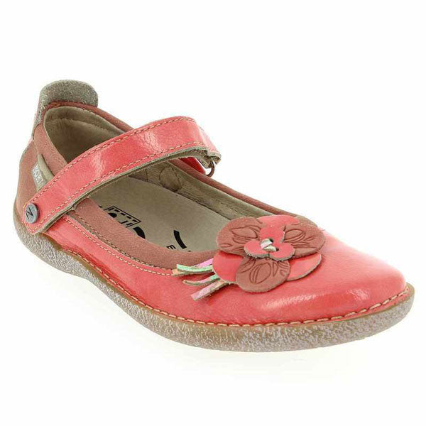 Noel Coraly Coral Patent Velcro Shoes