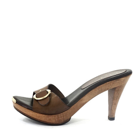 Yves Saint Laurent Brown Sandals 37