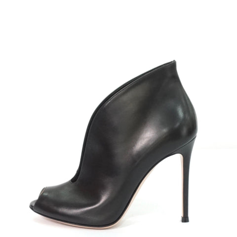 Gianvito Rossi Black Leather Vamp Ankle Boots 37.5