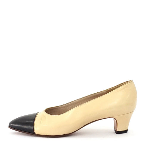 Chanel Beige Black Vintage Pumps 38.5