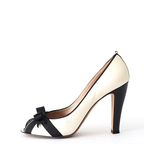 Marc Jacobs White Black Bow Peeptoe Pumps 39