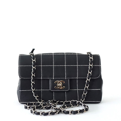 Chanel Navy White Stitches Flapbag