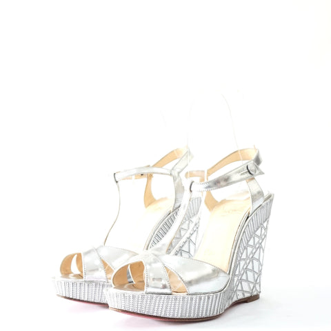 cheap for discount 8a33d 62726 Christian Louboutin Silver Wedges Sandals 35