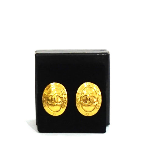 Chanel Gold Vintage Clip Earrings