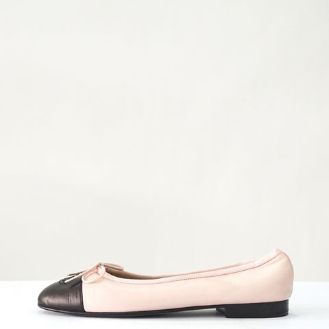 Chanel Pink with Black Captoe Ballerina Flats 37.5