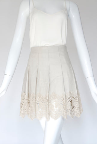 Burberry Pleads Lace Off White Skirt (Size M)