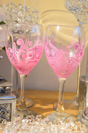 personalised wine and champagne glasses