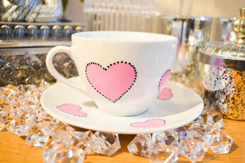Pinking tea party teacup
