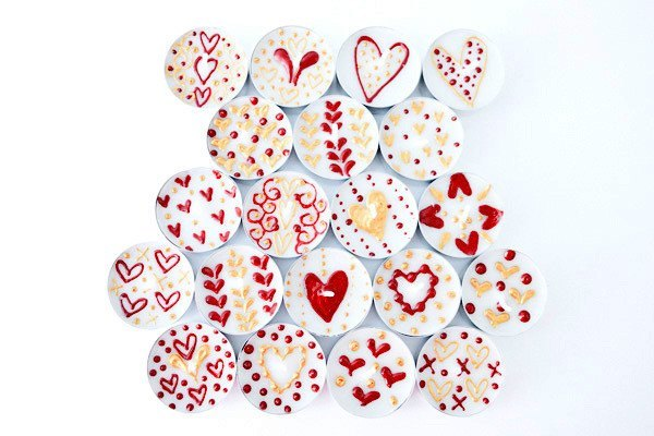 Henna Personalised Tealights - Queen Of Hearts (Pack Of 20 Assorted)