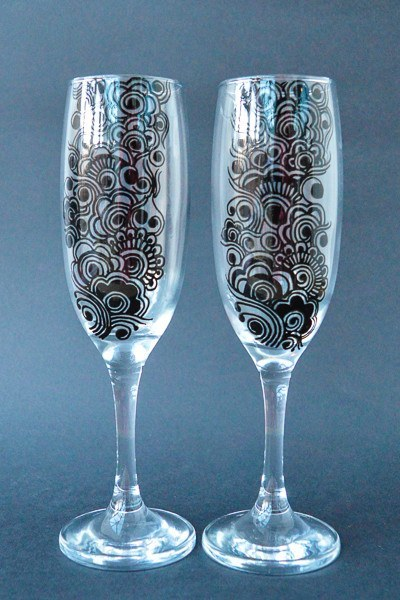Personalised Champagne Flutes - Ebony & Ivy (Set Of 2)