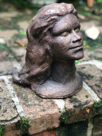 Little girl head bust