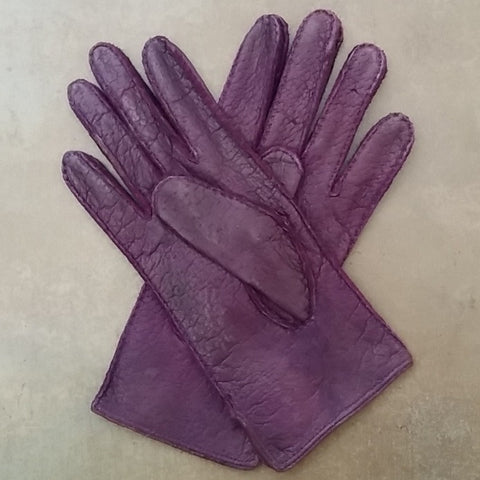 Ladies Unlined Classic Peccary Leather Purple Gloves