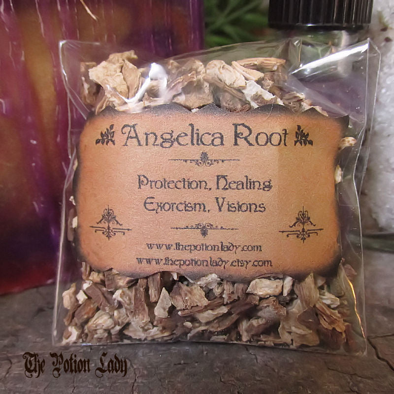 Angelica Root | Archangel, Masterwort, Dong Quai | Protection, Exorcism, Healing, Visions
