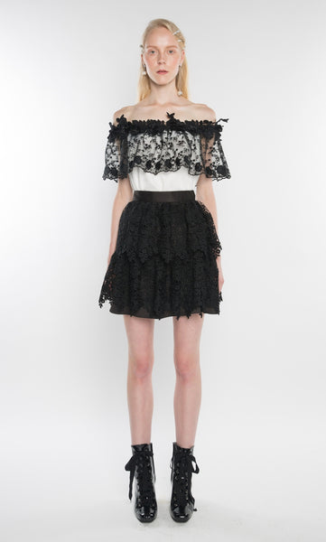 LA BOUTIQUE Lace Mini Skirt Black