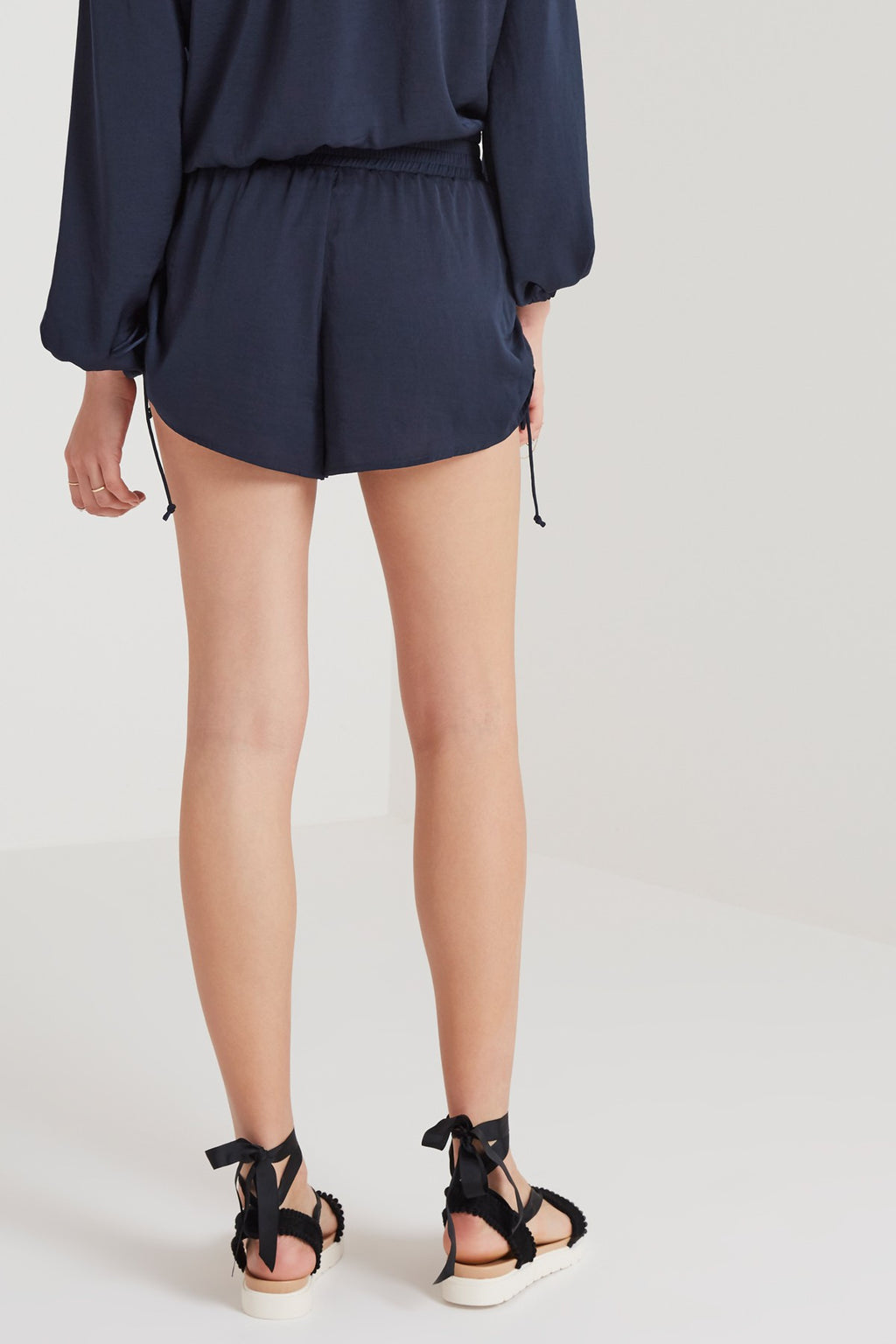 The Nightingale Short