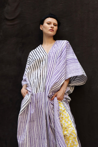 Caftan in purple & black stripe