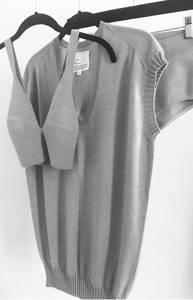 Second skin cashmere shell in Grey