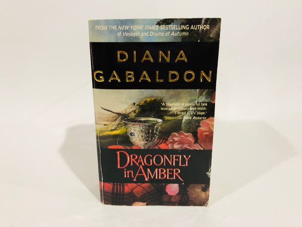 Dragonfly in Amber by Diana Gabaldon 1993 Paperback