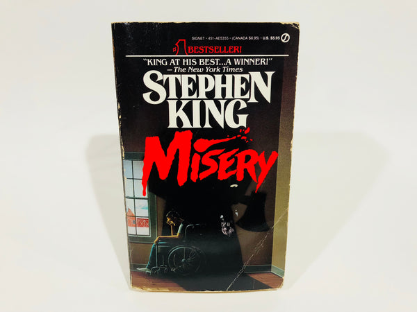 Misery by Stephen King 1988 First Edition Paperback