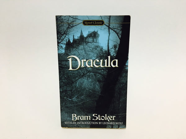Dracula by Bram Stoker 2000s Signet Paperback - LaCreeperie