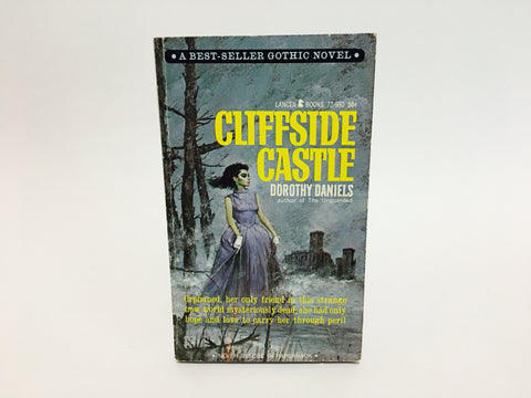 Cliffside Castle by Dorothy Daniels 1965 Paperback