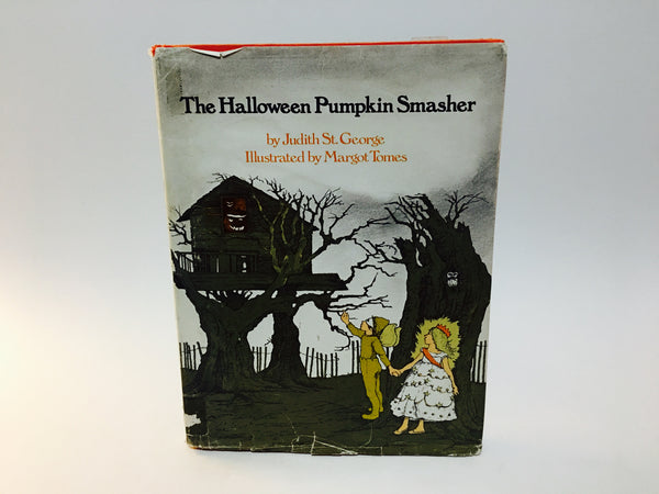 The Halloween Pumpkin Smasher by Judith St. George 1978 Hardcover - LaCreeperie