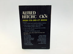 Alfred Hitchcock Presents: A Hangman's Dozen 1962 Paperback Anthology - LaCreeperie