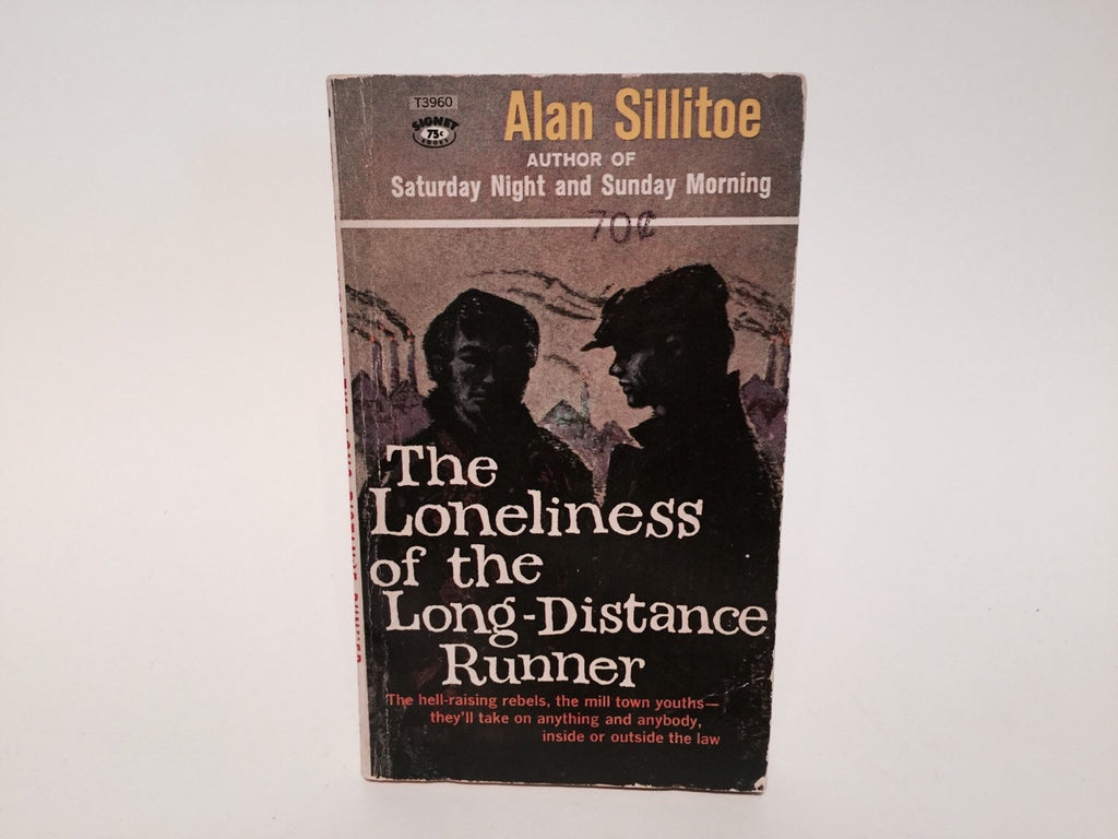 The Loneliness of the Long-Distance Runner by Alan Sillitoe 1960s Paperback - LaCreeperie
