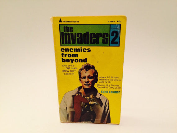 The Invaders #2: Enemies From Beyond TV Novelization 1967 Paperback - LaCreeperie