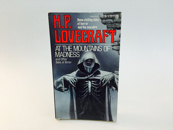 At the Mountains of Madness by H.P. Lovecraft 1982 Paperback Anthology - LaCreeperie