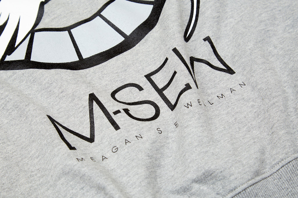 Long tail Moon gate sweatshirt detail shot