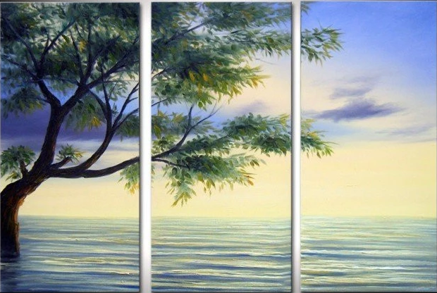 """A TREE IN WATER"""