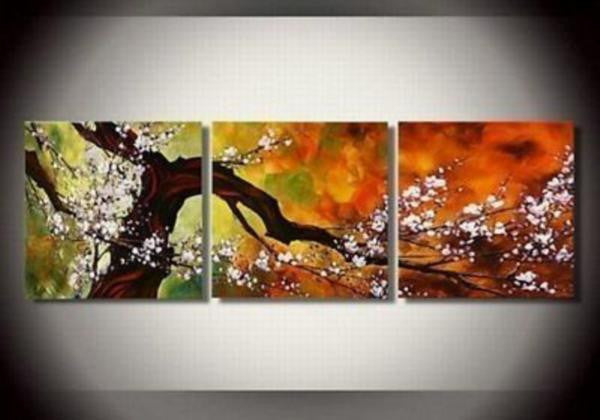 """BLOSSOMING TREE AGAINST AMBER"""