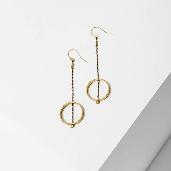 Hoizon Circle Earrings