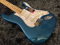 Fender American Elite Stratocaster - Ocean Turquoise with Maple Fingerboard