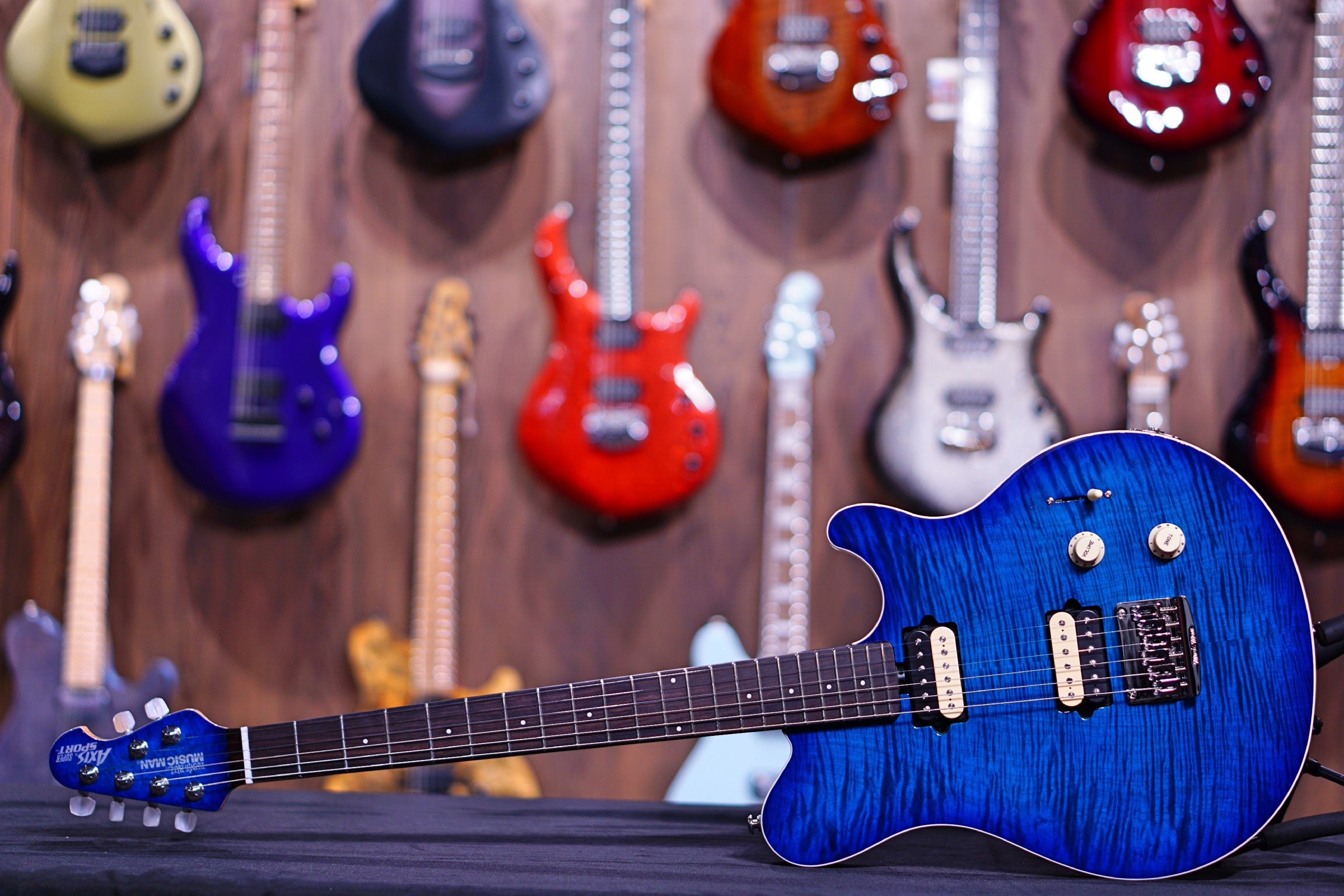 Ernie Ball Music Man Axis Super Sport HH STD - Balboa Blue Flame - Rosewood Matching Headstock G95058