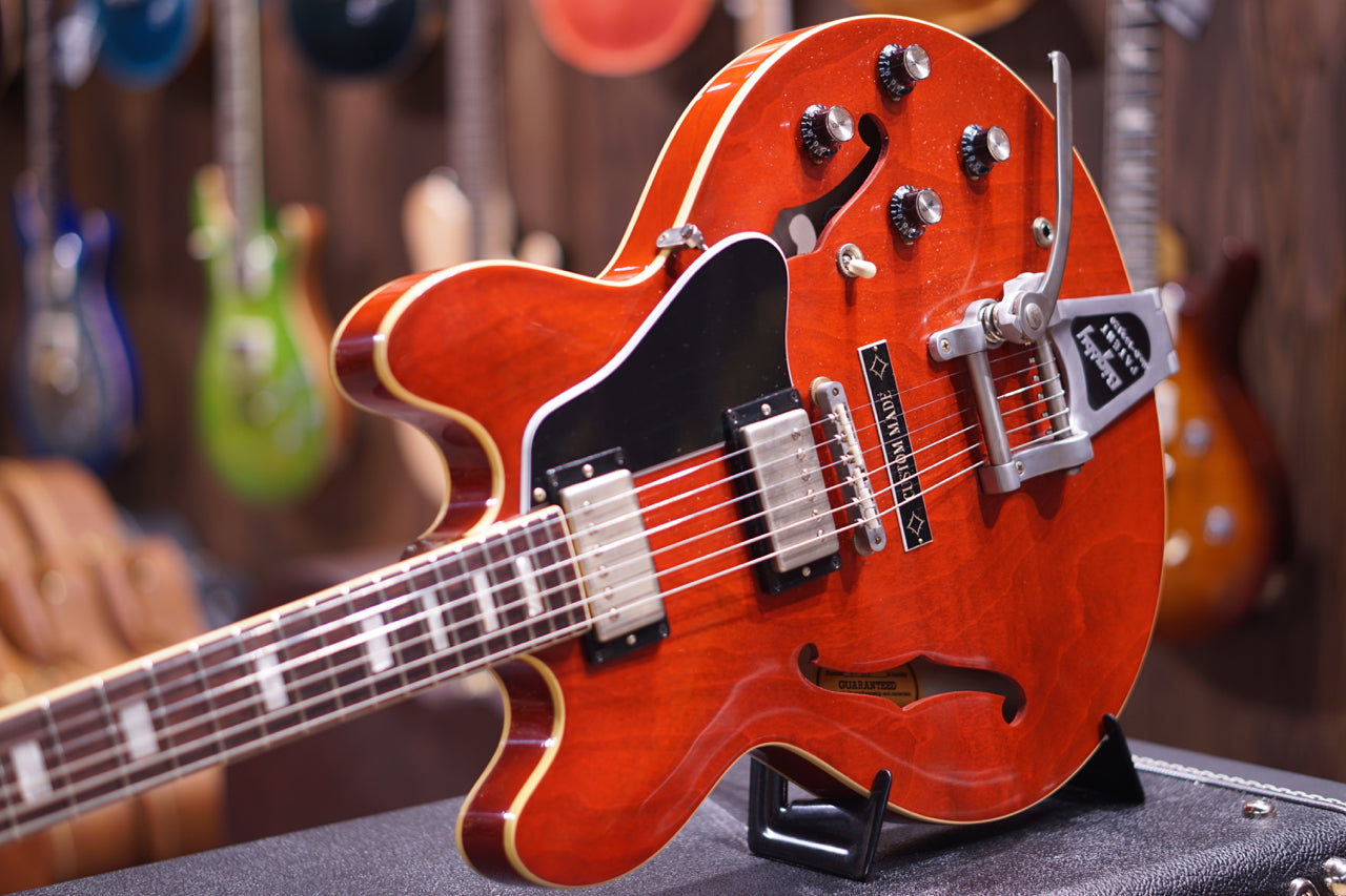 Gibson Memphis 1963 ES-335TDC VOS Bigsby Sixties Cherry w/Custom Made Plate GIBSON - HIENDGUITAR.COM