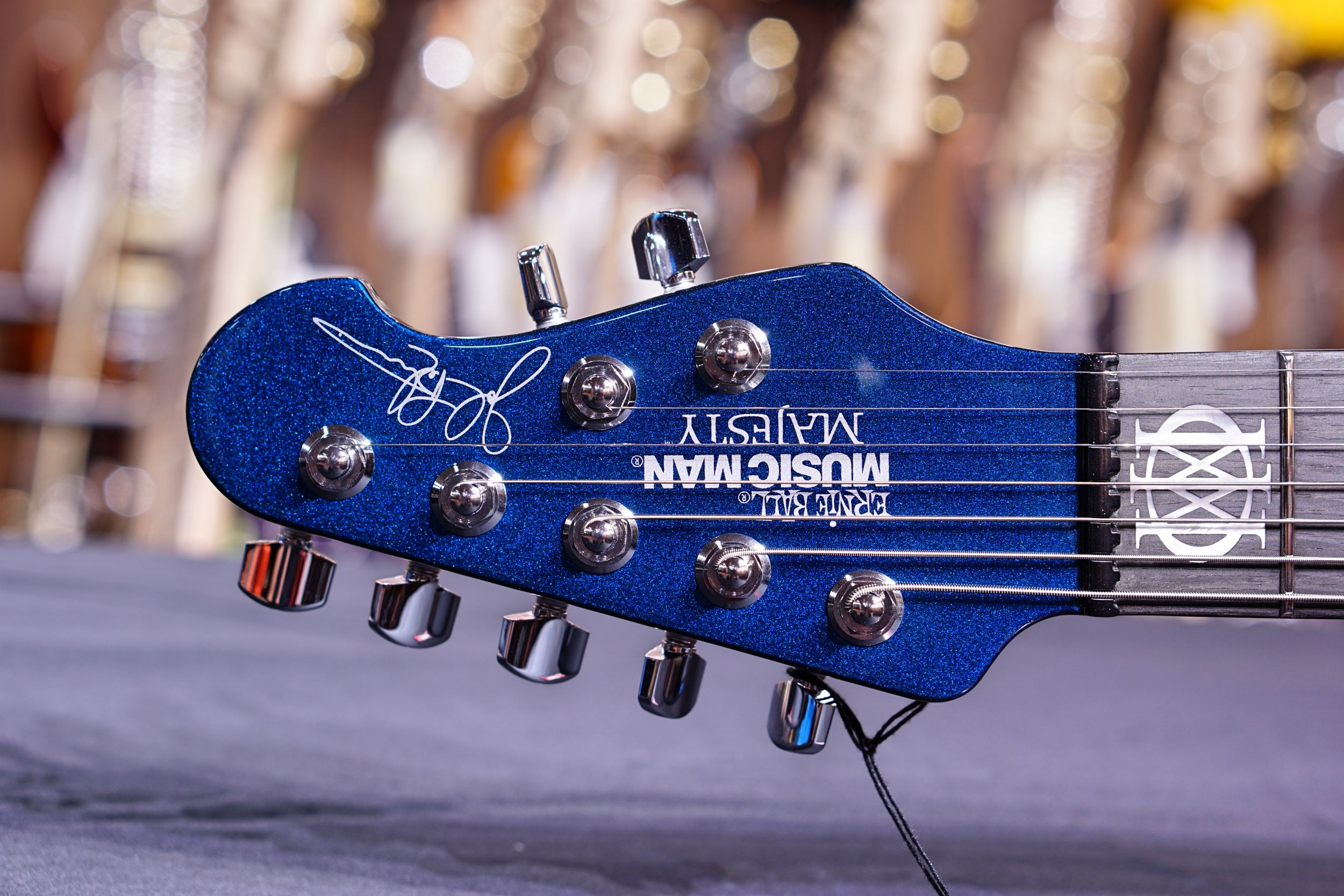 Ernie Ball Music Man John Petrucci Majesty 7 - kinetic Blue M12370 Musicman - HIENDGUITAR.COM
