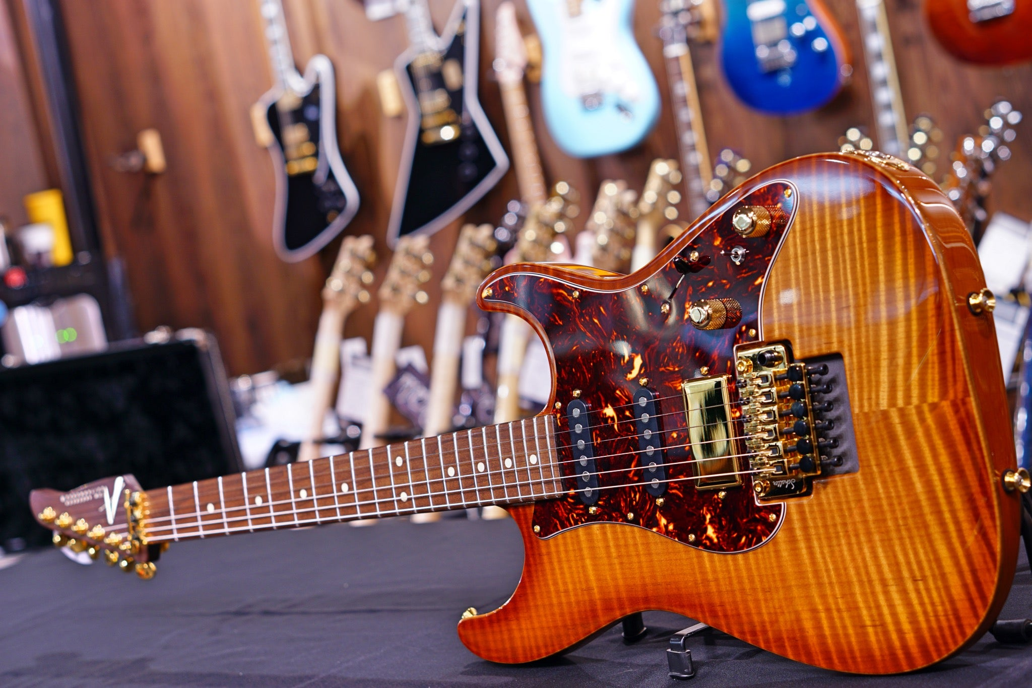 Anderson Drop Top Classic * 09-18-19N * Honey Shaded Edge Caramel flame top Anderson - HIENDGUITAR.COM