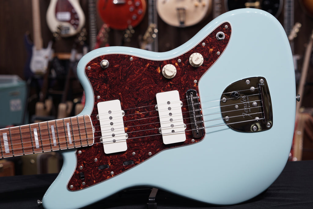 Fender Limited Edition 60th Anniversary Jazzmaster - Daphne Blue
